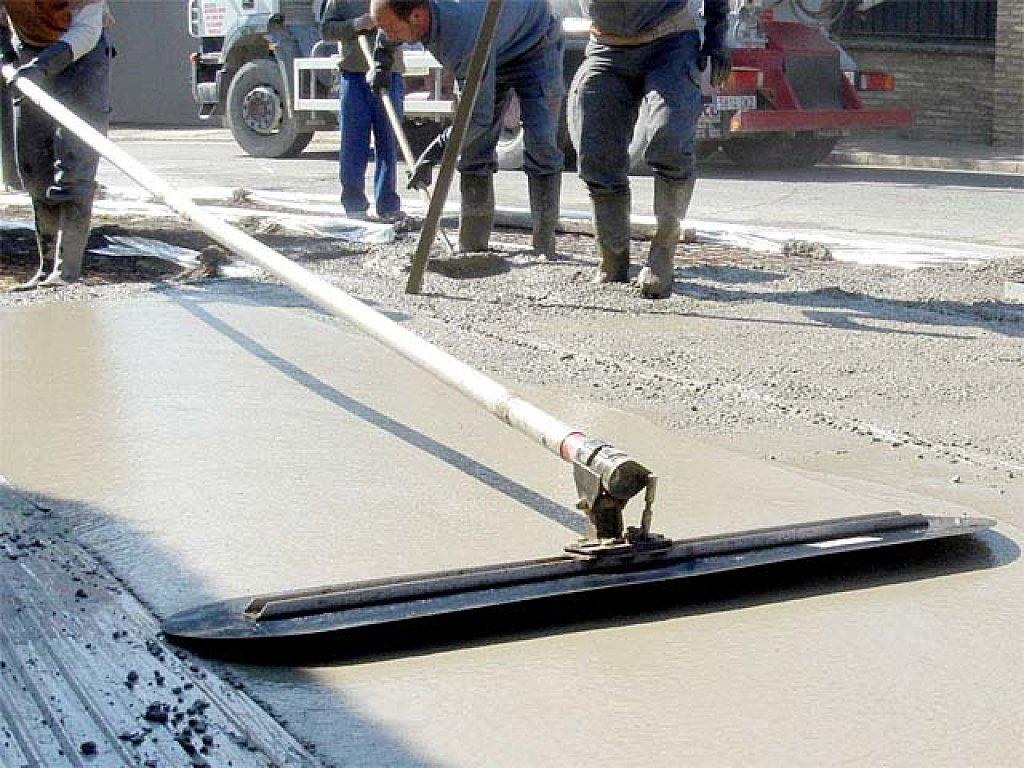 Гладилка по бетону своими руками